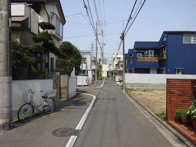 西東京市富士町5丁目の前面道路(2019、4、7撮影)