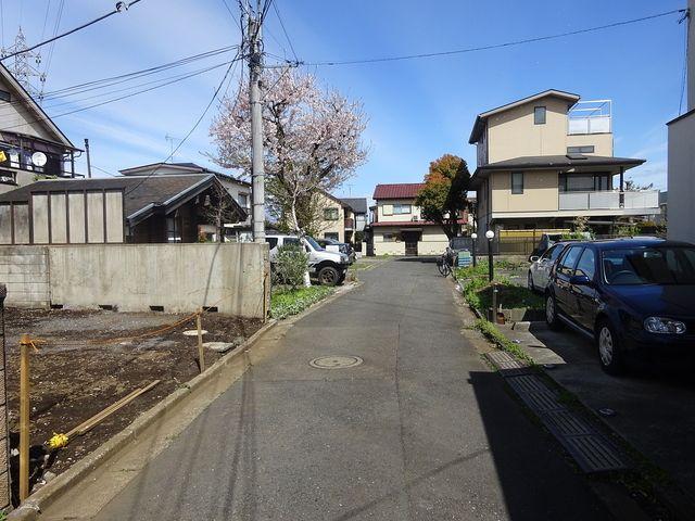 西東京市富士町5丁目の前面道路