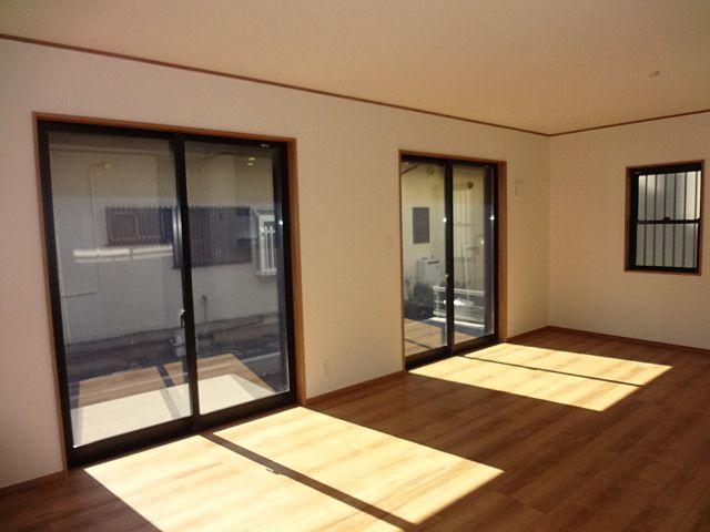 西東京市保谷町1丁目新築住宅のリビングダイニング