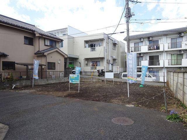 西東京市南町2丁目・土地の東側道路面