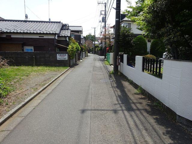 西東京市新町3丁目の土地の前面道路(4月21日撮影)