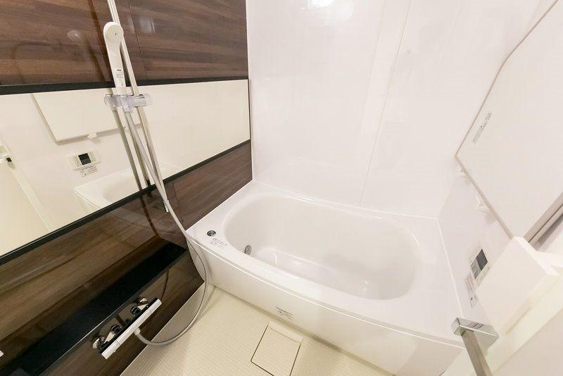 衛生的かつ機能的な浴室