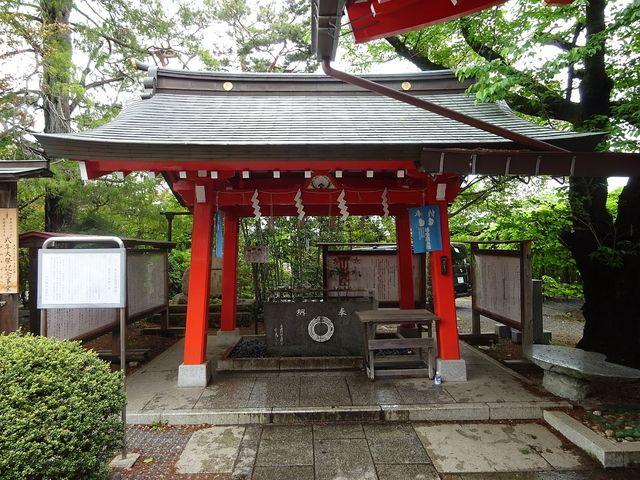 東伏見稲荷神社の水や