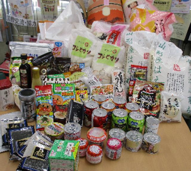 もったいないを行動に~ご家庭で余っている未利用食品を持ち寄り、必要としている団体等に寄付する活動です。