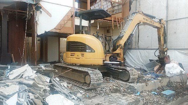 西東京市富士町の解体現場