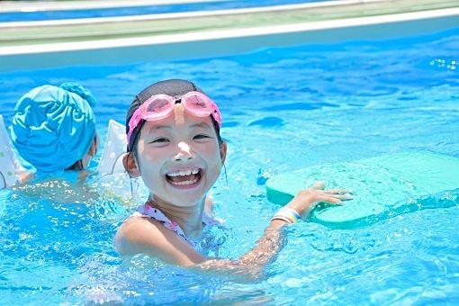 なつやすみにけやき小プールで泳ごう!