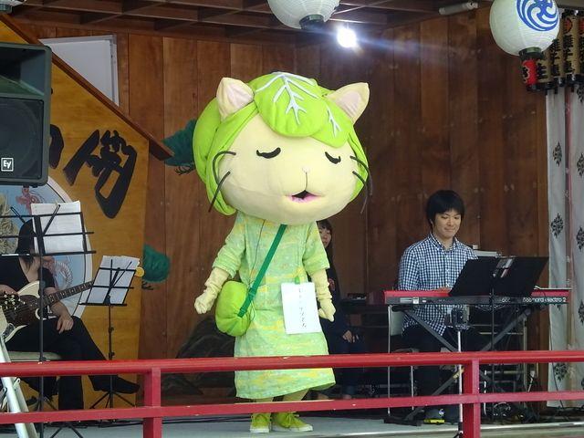 田無神社で5月に公演した際のキャベッツさん