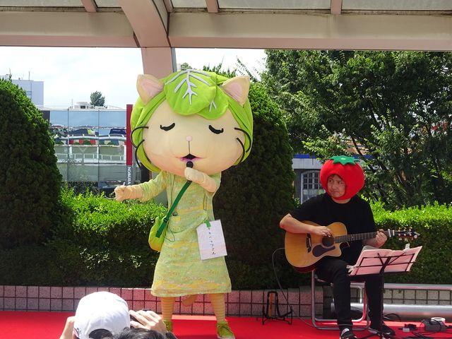 西東京サマーフェスティバルで唄うキャベッツさん