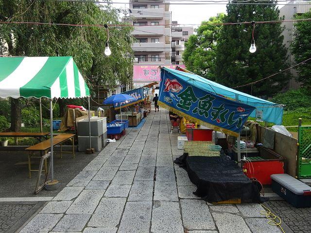 参道の露店2