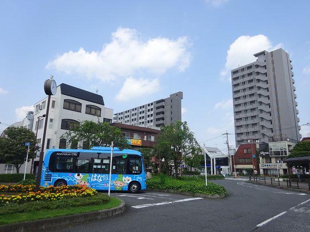 西武新宿線「東伏見駅]北口ロータリー(7.30)
