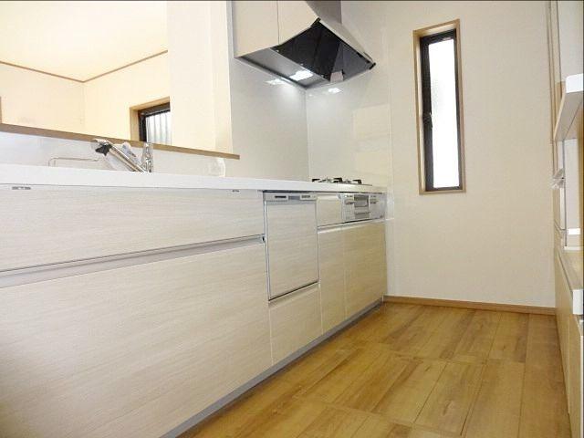 西東京市保谷町1丁目新築戸建のキッチンの様子