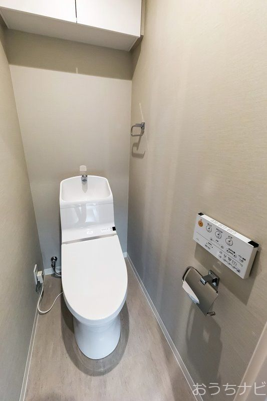 トイレ(TOTO製)