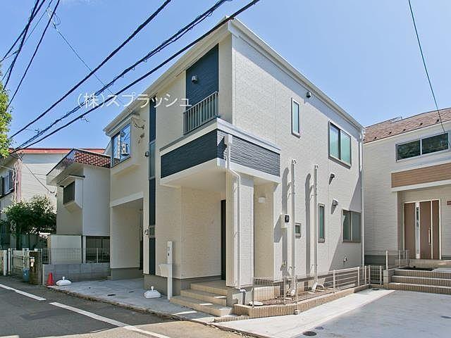 西東京市芝久保町2丁目新築一戸建ての全貌 スプラッシュ