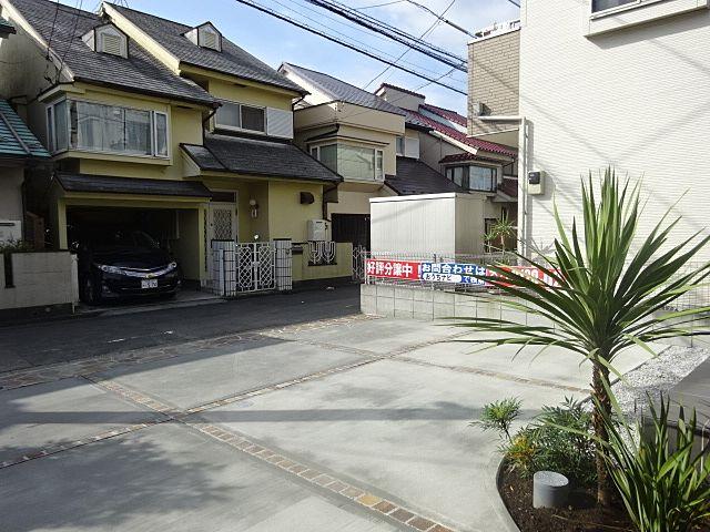西東京市富士町5丁目新築住宅の駐車スペース2 スプラッシュ