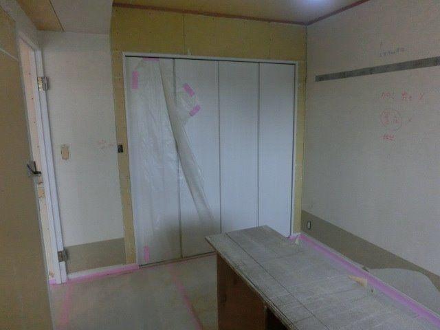 洋室3は木工事完了しました
