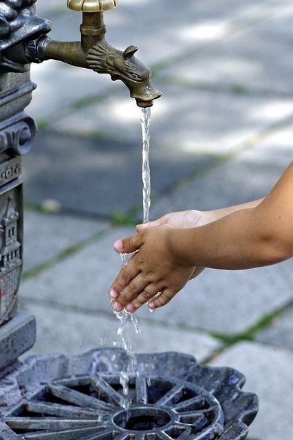 外から戻ってきたら手洗いしましょう