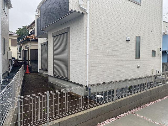 西東京市下保谷3丁目新築一戸建て1号棟庭先(2020.5.19)スプラッシュ