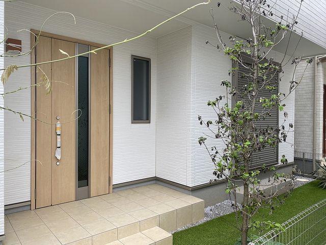 1階部分の陽当りはよくありません!でも4LDK(車庫付)の新築住宅でこの価格です