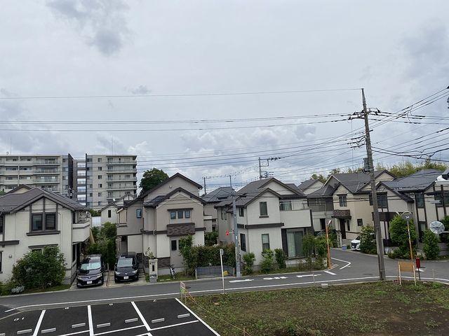 西東京市中町4丁目B号棟の東側の景色(2020.5.31)スプラッシュ