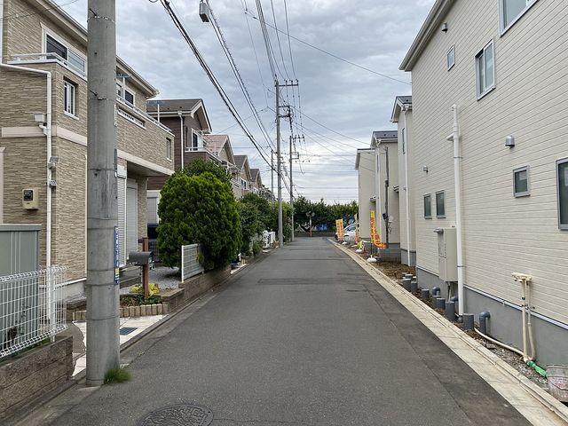 西東京市中町6丁目の新築一戸建て 北側公道