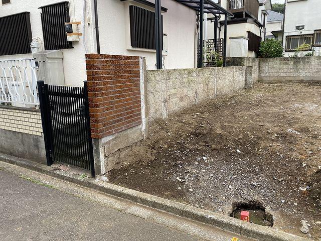 西東京市下保谷3丁目・土地~隣地との共有ブロック2(2020.6.8)スプラッシュ