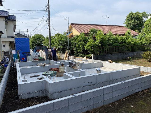 西東京市下保谷1丁目新築一戸建ての基礎(2020.6.9)スプラッシュ
