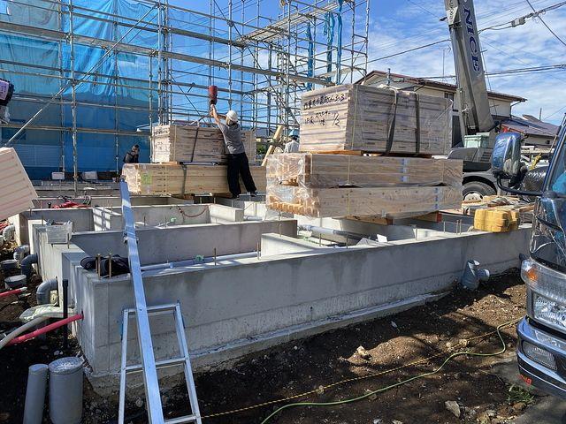 西東京市泉町6丁目の現場(2020.6.12)資材搬入作業2
