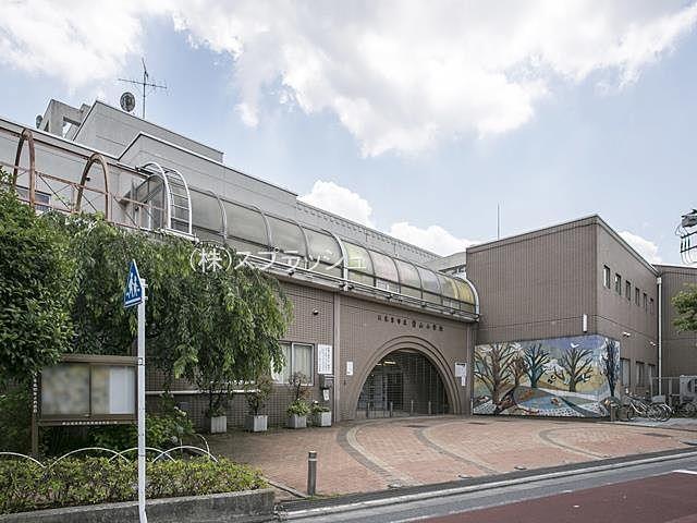 西東京市立碧山小学校の外観 スプラッシュ