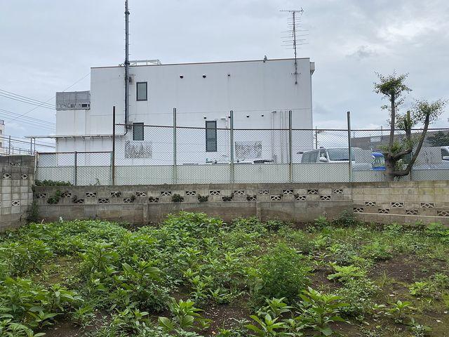 東伏見駅徒歩4分(西東京市東伏見2丁目)北側隣接地の様子