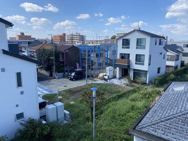 練馬区関町北4丁目の新築一戸建ての上空よりの写真(2020.8.29)
