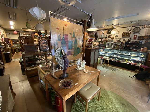 Recycle&Antiqud WELLの店内2(2020.10.21)
