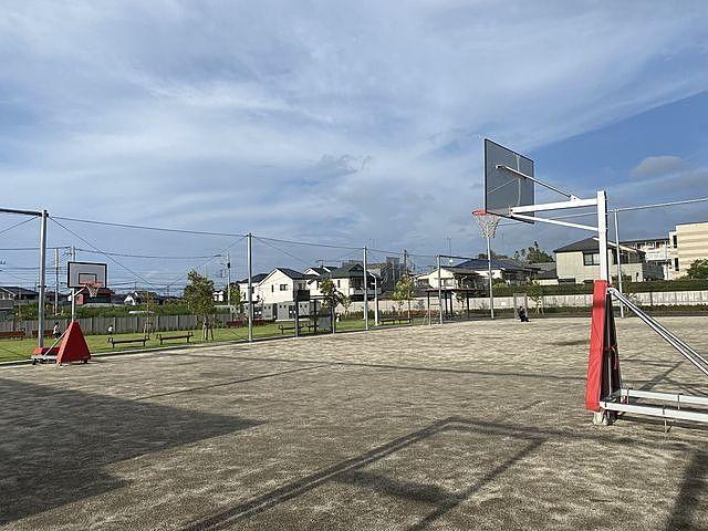 泉小わくわく公園のボール広場(2020.9.7)