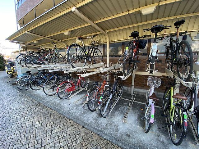電動アシスト自転車が駐輪場に入らない?!