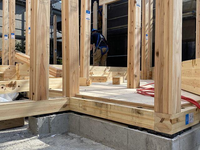 西東京市下保谷3丁目新築一戸建ての建て方作業の様子2(2021.4.20)スプラッシュ