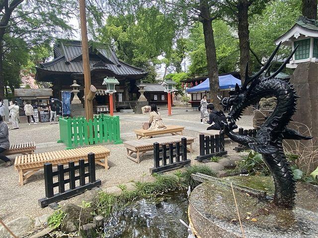 田無神社の境内の様子(4.22)スプラッシュ
