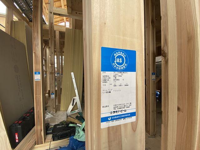 西東京市下保谷3丁目新築一戸建て柱(2021.4.22)スプラッシュ