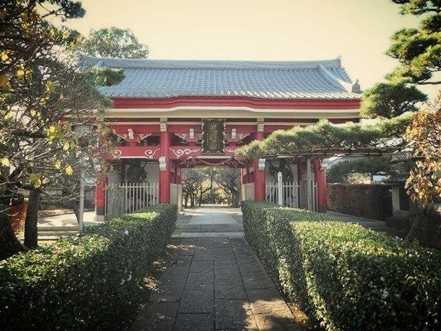 如意輪寺の山門