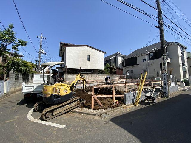 西東京市泉町2丁目の新築一戸建て基礎工事(根切り)の様子(2021.4.30)スプラッシュ