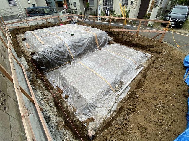 西東京市泉町2丁目新築一戸建ての基礎工事の様子4(2021.5.1)スプラッシュ