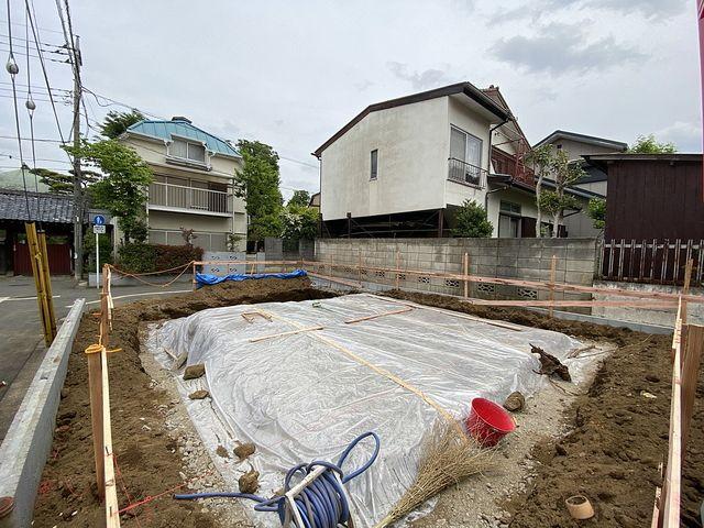 西東京市泉町2丁目新築一戸建ての基礎工事の様子3(2021.5.1)スプラッシュ