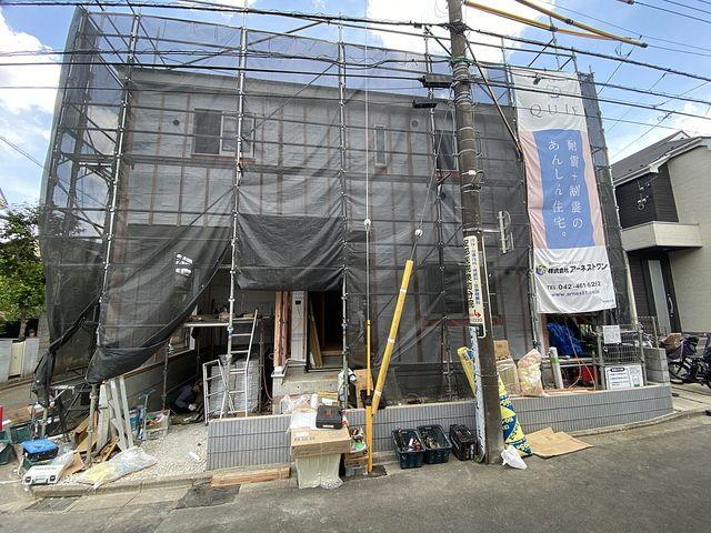 西東京市泉町2丁目新築戸建の西側公道から見た外観(2021.6.3)スプラッシュ