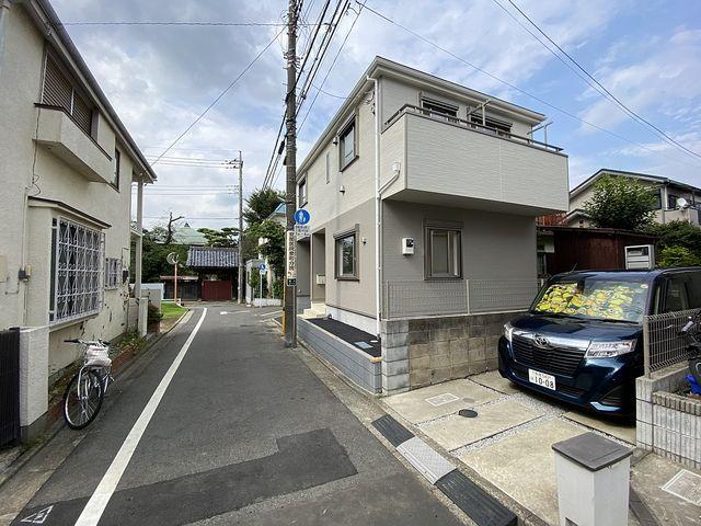 西東京市泉町2丁目新築戸建の外観写真・スプラッシュ