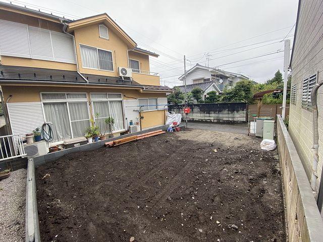 西東京市保谷町3丁目新築一戸建て・敷地内から道路を見た様子(2021.9.9)スプラッシュ
