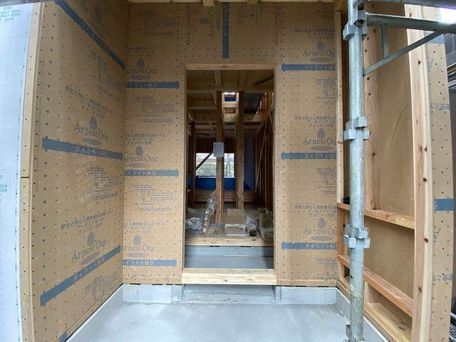 西東京市富士町1丁目新築一戸建て3号棟の玄関部分(2021.10.12)スプラッシュ