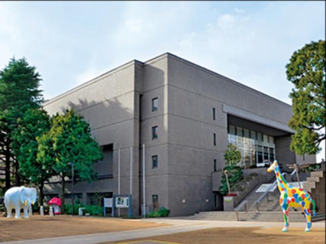 サヴィニャックの展覧会を開催する練馬区立美術館