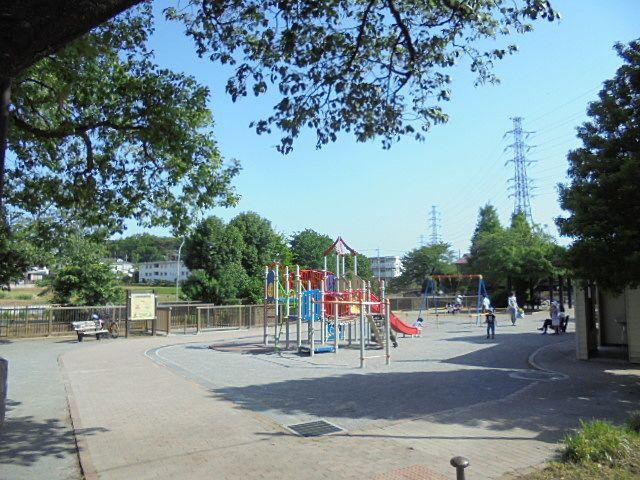 大泉井頭公園の遊具
