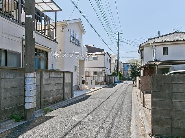 西東京市田無町7丁目新築分譲住宅・西側公道の様子