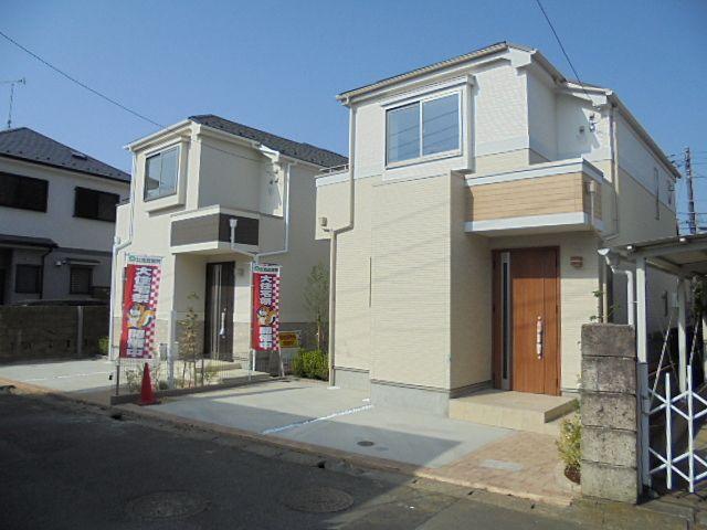 西東京市中町泉町6丁目の新築分譲住宅全2棟(4月29日撮影)