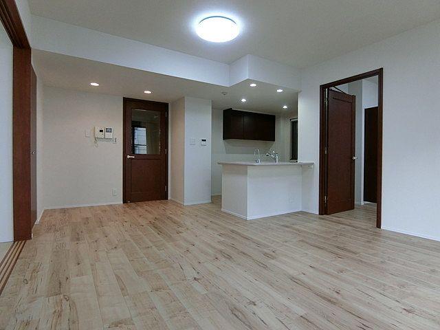 オープンエアーバルコニー仕様の高級感あふれるマンション、ご見学されませんか?