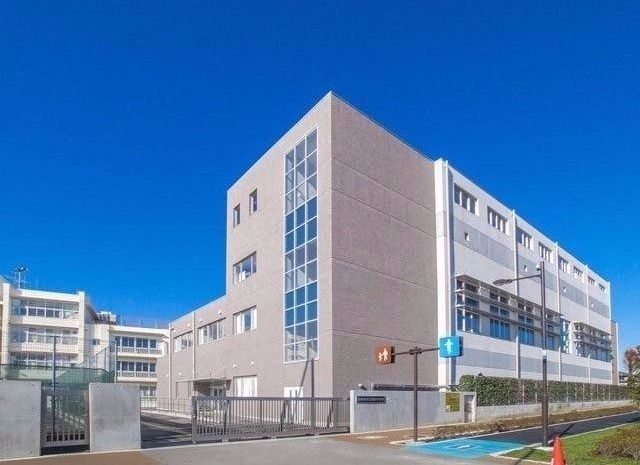 西東京市保谷町1丁目に所在する保谷中学校のご紹介です。